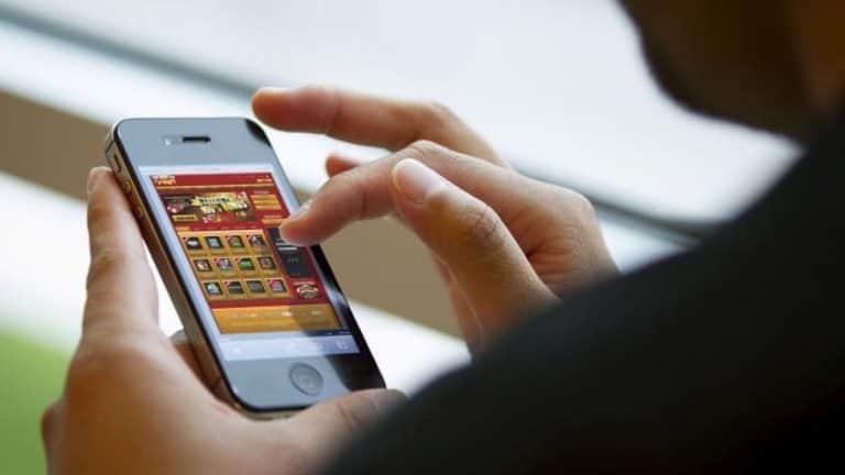 Obstawianie na żywo w aplikacji mobilnej